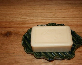 Rich green pottery soap dish, pottery spoon rest