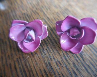 Vintage Small Enamel Pink/Fuchsia Colored Clip on Earrings Non Pierced 1950s to 1960s