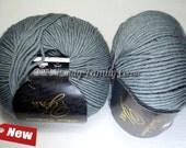 Yak yarn. Yak Down yarn. Yak and merino wool blend. Yarn for Hand Knitting. Natural Yarn. Lace wool yarn. Italy yarn. Col. 01. 50g.
