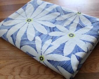 Vintage Blue + White Daisy Floral Print Linen Fabric
