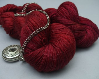 Sublime Lace. Rose Red