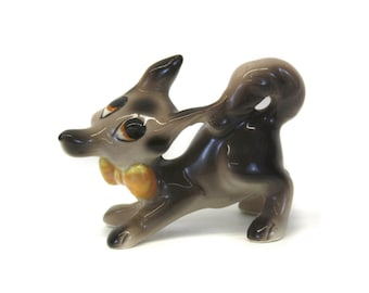 Vintage Dapper Wolf with Yellow Bow Tie Figurine (E7344)