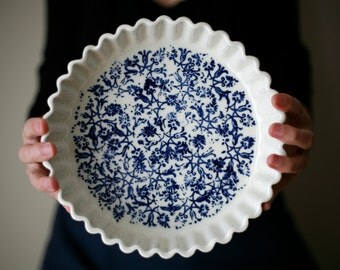 Quiche plate, white and blue - Pie plate- artetmanufacture