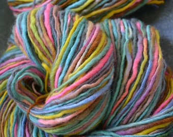 chunky thick and thin yarn, bulky yarn, hand dyed yarn half a pound