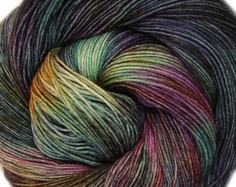 basic sock yarn ISLA de MUERTA hand dyed sw wool nylon fingering weight 3.5oz 460 yards