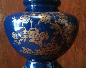 Gorgeous large blue table lamp with gold chinese flower pattern - Los Angeles PICK UP ONLY