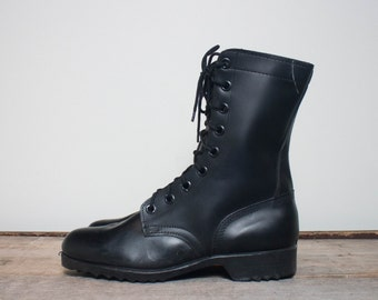 8 R | NOS 1970's Black Combat Boots Standard Issue Military