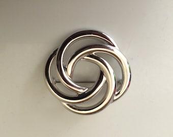 Monet Vintage Silver Geometric Swirl Decorative Brooch/Pin