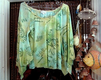 Gorgeous Bat-Winged Blouse Shaded Greens, Aqua & Lime - Vintage - LARGE