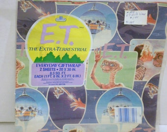 1982 Vintage GIFT Wrap Paper ET Extra Terrestrial Collage by Universal City Studios NEW in Original package