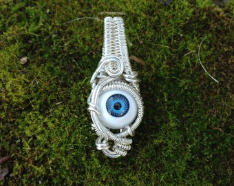 Sterling Silver // Doll Eye // Wire Wrapped // Pendnat