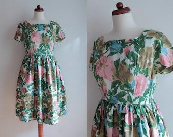 Vintage 1950's Dress - Floral Garden Party Dress - Size S