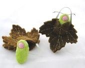 Leaf ornament pocket doll hand caterpillar waldorf decor advent calendar LOG1