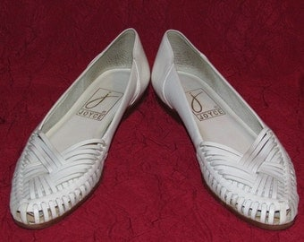 Vintage 80s White Leather Huarache Flats, Made in Brazil, Woven Summer Slip On Shoes, Womens Size 7 N