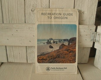 Vintage Recreation Guide to Oregon map fishing Pacific NW Bell 1966