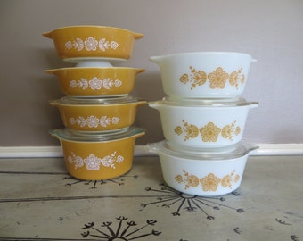 7 Vintage Pyrex Butterfly Gold Casserole Dishes Small Casseroles Vintage Kitchen Orange Pyrex Floral Pyrex Gold Pyrex Serving Bowls Harvest