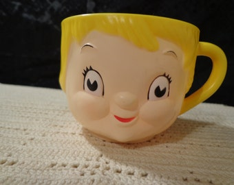 Campbell's Kid Soup Dolly Dingle Plastic Character Vintage Face Mug Cup