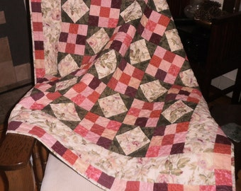 Quilt Hand Quilted Lap or Throw Flowers Shades of Pink