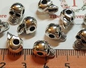 12 pcs per pack 11x8x7mm side to side Large Hole Beads Skull Antique Silver Lead free Pewter.