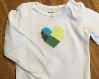 Green Aqua Yellow Patchwork Appliqued Heart 12 Month Long Sleeve Onesie Bodysuit, B551