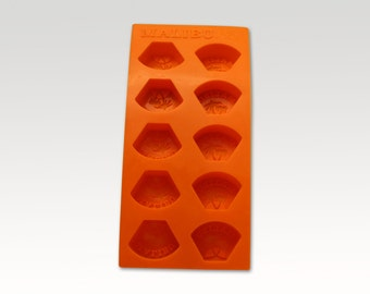 4 x Retro Ice Cube Trays - Malibu Vintage - Orange rubber - Vintage Barware