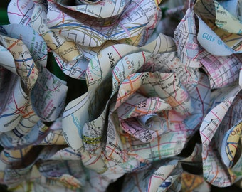 Map / Atlas Roses - 100 roses made from a recycled map