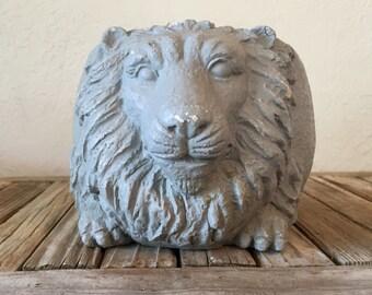 Vintage Lion Decorative Pot