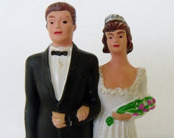 Vintage Wedding Cake Topper Plastic Bride and Groom Figurine