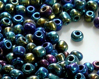 8/0 Lustered Black Glass Seed Beads Item #BBK80A