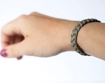 Braided Leather Bracelet / Ash Grey