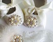 Baby ivory lace headband and  baby crib  shoes set,baptism,wedding,rhinestones shoes.