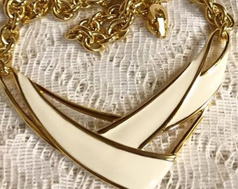 Retro Vintage Cream Colored Enameled Metal Necklace Choker