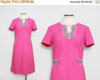Vintage 1960s Pink Shift Dress / 60s Embroidered Boho Dress / Large