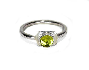 Peridot & Sterling Silver Ring, 6mm natural checkerboard cut, August Birthstone, lime green gemstone, gift for her under 45, size 9, simple