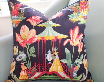 Chinoiserie Dream Black Pillow Cover