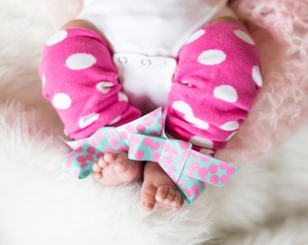 Baby Leg warmers, Girls Leg Warmers, Girls Pink Leg Warmers with bow, Infant Leg Warmers, Pink Polka Dots, Newborn Photo Prop Baby Girl Gift