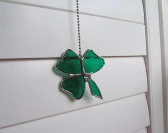 "Stained Glass ""Shamrock"" Fan Pull in Green and White Wispy Glass - With Tibetan Silver Shamrock Charm"