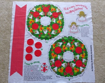 Vintage Wreath Fabric Panel easy craft, 1970s kitsch