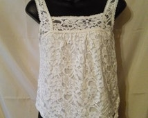 """BIG CLEARANCE SALE Sweet White Lace Tank Crop Top--Shabby Chic-Hollister-Size 2-xS-34"""" Bust-Boho Hipster Hippie Rustic Beach Casual"""
