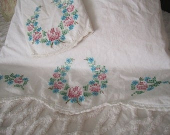 Vintage Handmade Pillowcase Set Turquoise Pink Embroidered Floral Wreath Crochet Edging Cottage Farmhouse Prarie