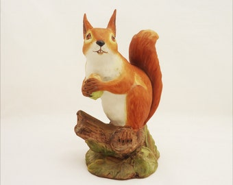 Vintage Aynsley Red Squirrel Porcelain Figurine, Aynsley Squirrel Figurine, Aynsley Animals