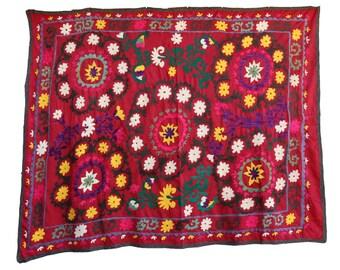 Handmade Vintage Suzani NL3014