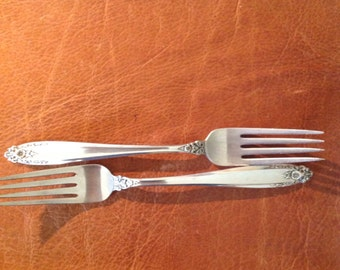 """International Sterling Silver Dinner Fork, Prelude Pattern, 2 Forks, priced on the each, 7 1/4"""", very good condition"""