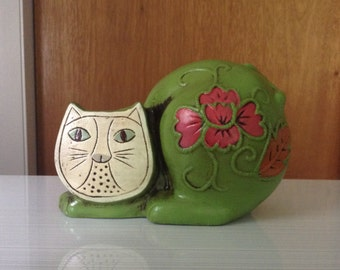 Cat Figurine Retro Home Decor Vintage Home Cat Bank Kitty Bank Gift for a Child Boho Animal Statue Feline Meow Money Holder Kids Room Green