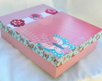Butterfly Memory or Keepsake Box. Find your Wings, Fly Away. Birthday, Graduation, Teen, Tween, Photo Box, Jewelry Box, Trinkets, Room Decor