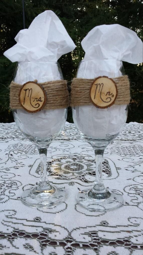 Rustic Wine Glasses, Mr and Mrs Wine Glasses, Rustic Wedding, Burlap Wedding, Log Slice Wine Glasses, Toasting Glasses, Wedding Gift