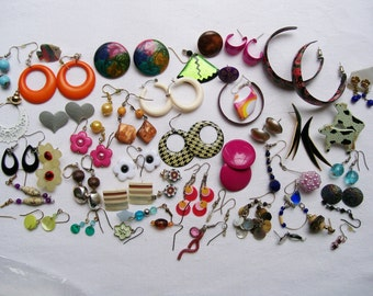 COLORFUL EARRING LOT 30 pairs 18 singles Pierced Stud Hoops Mother of Pearl Mixed lot
