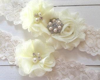 Ivory Wedding Garter, Wedding Garter Set, Bridal Garter, Lace Garter, Custom Garter, Toss Garter Included