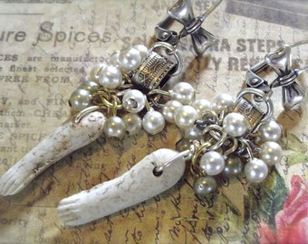 Charlotte Arms, Doll Arms and Pearls, Vintage Doll Parts, Vintage Charlotte, Vintage Faux Pearls, Pearl Clusters, Book Chain Pearls, Silver