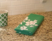 Vintage WILENDUR Tablecloth Emerald Green Cotton Dogwood Pattern White Flowers with Gray Grey Cottage Shabby Cozy Chic